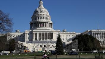 Cierran Capitolio de Estados Unidos por presunta amenaza de disparos