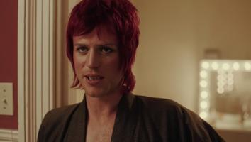 Johnny Flynn interpreta a David Bowie