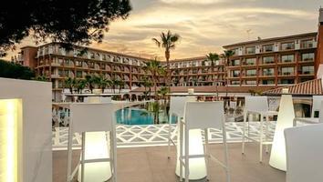 Hotel ofrece 3.5 millones de pesos por hospedarse en sus instalacionesy subir publicaciones en redes sociales