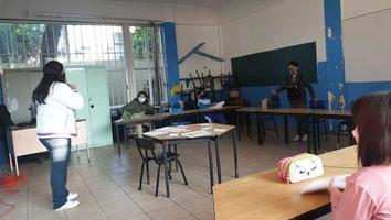 """López-Gatell reporta casi 10 mil casos de Covid-19 tras regreso a clases; SEP dice """"niños están felices"""""""