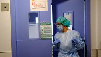 España entra consternada en el segundo estado de alarma nacional de la pandemia