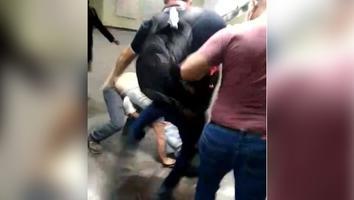 VIDEO: Captan riña en la Línea 1 del Metro
