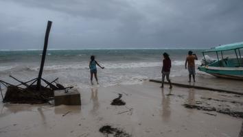 Reportan saldo blanco en Cancún tras paso del huracán 'Zeta'