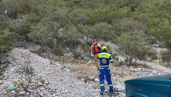 PC de Santa Catarina rescata a una familia en el parque Ecológico La Huasteca