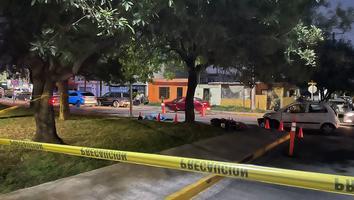Muere motociclista tras ser impactado por un automóvil en San Nicolás; salía de trabajar